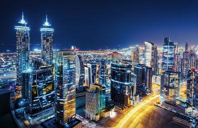 Фотообои Небоскребы в ночном Дубае артикул E230438